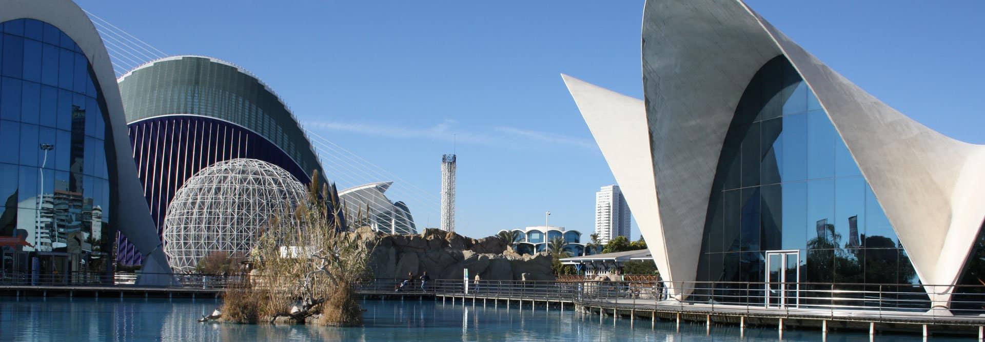 Oceanografic-Valencia-experiences-and-gateways